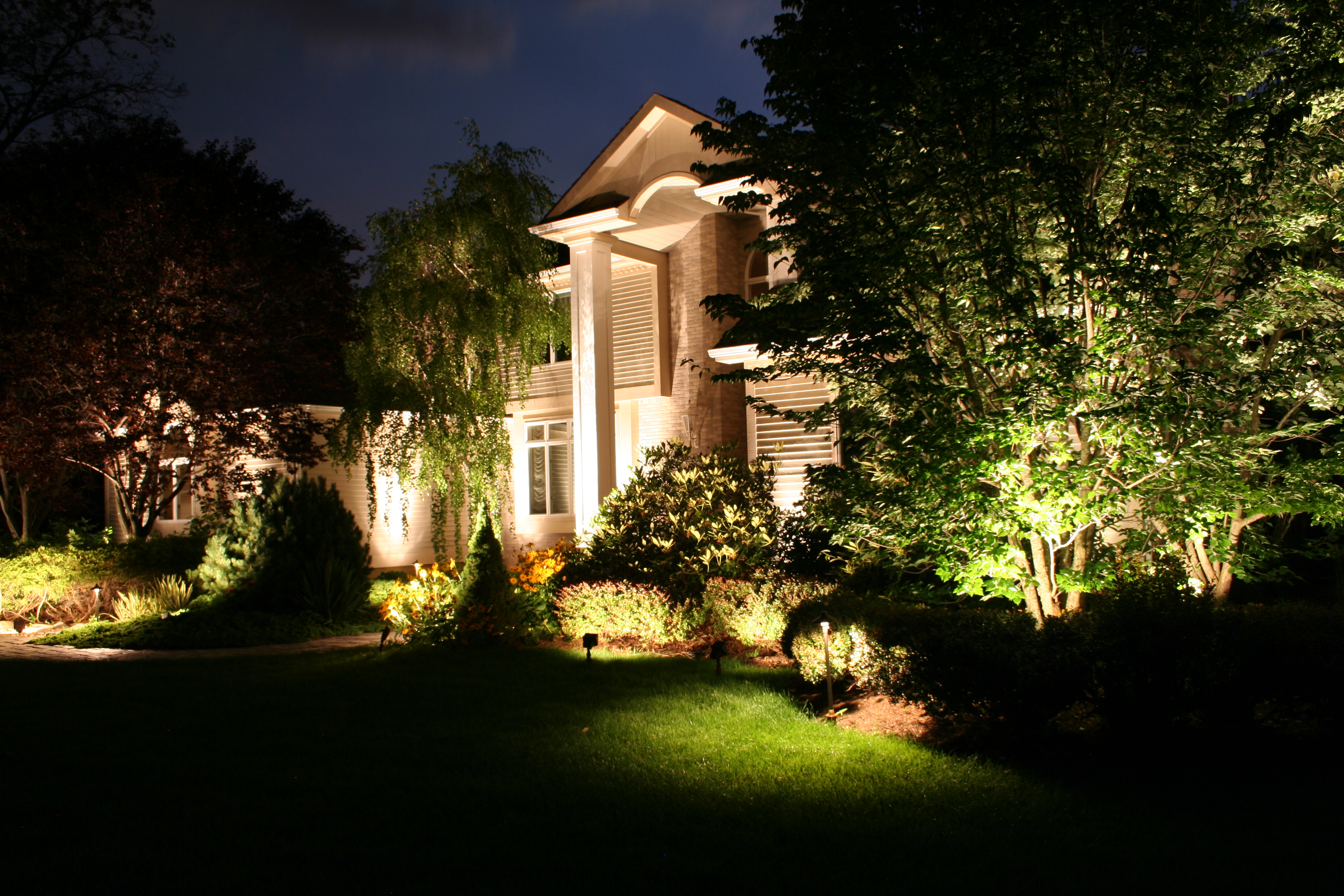Outdoor Landscape Lighting Professional : Landscape lighting professional preferred properties landscaping