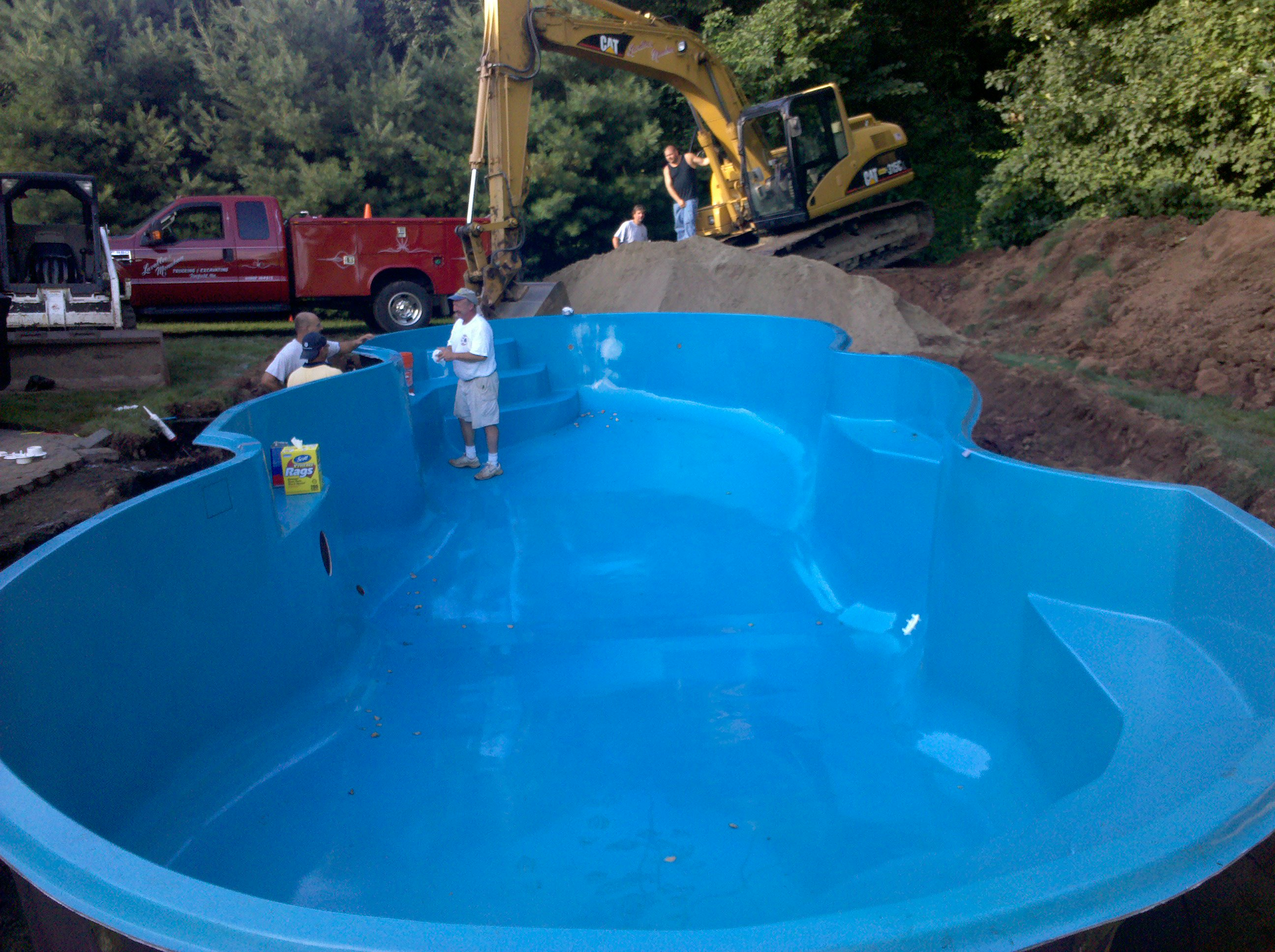 Preferred Properties Landscaping Installed This San Juan Mirage Pool In Just Two Days 396 Ft Seafoam Green Fiberglass Arrived Onsite