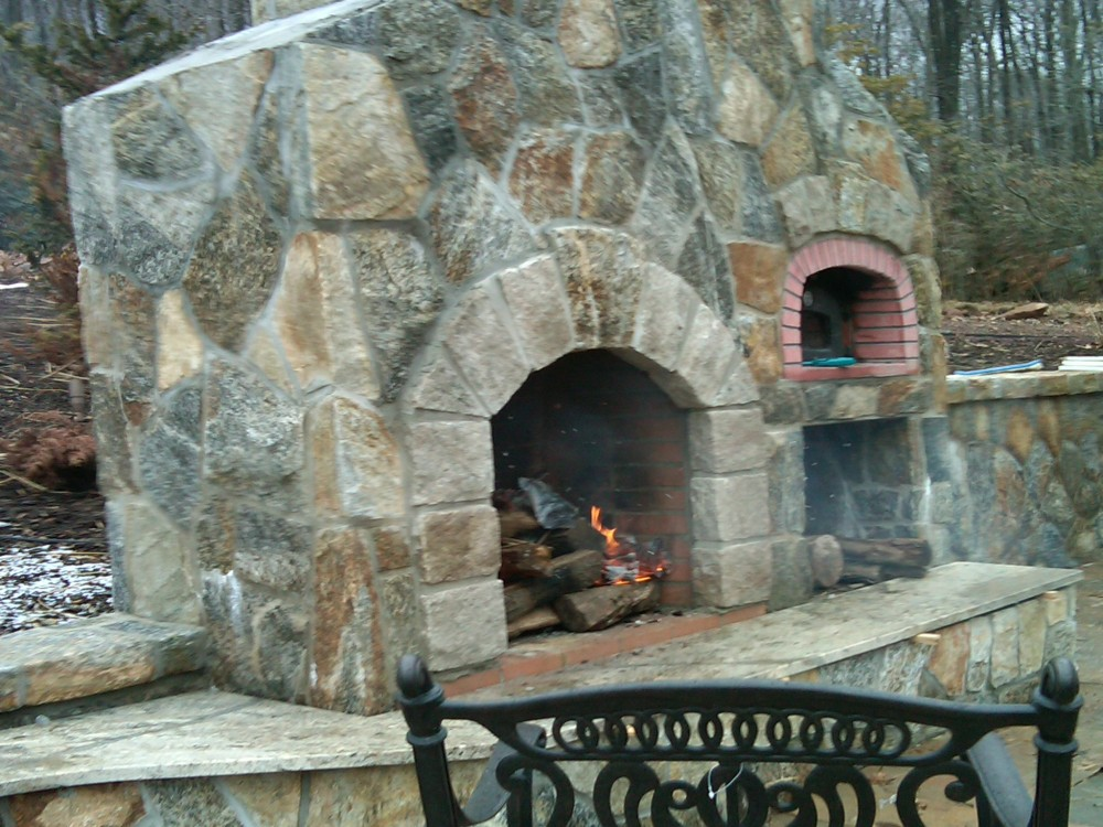 Outdoor Fireplaces are the best. We build the Preferred lifestyle  (5/6)