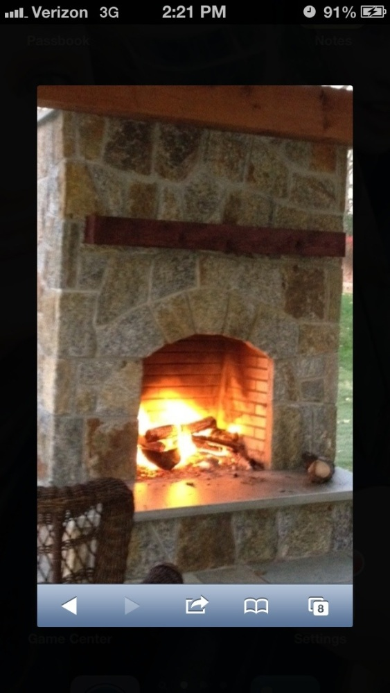 Fireplaces create warmth,light, culinary delight and conversation (2/6)
